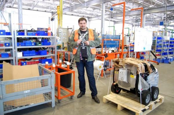 сервисный инженер по ремонту уборочного оборудования